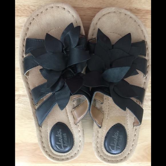 b19d7d685ea Clark s black wedge shoes. Size 6.5M.
